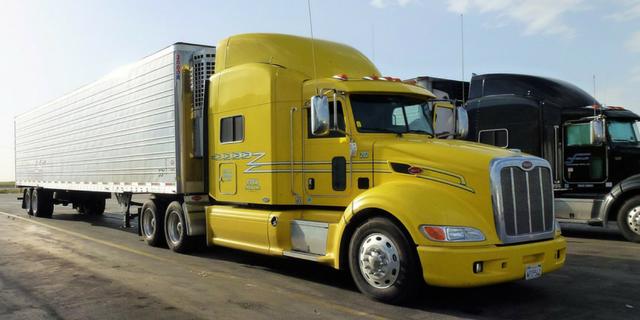 Freight Titan Forklifts 2