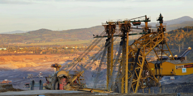 Mining Titan Forklifts 1
