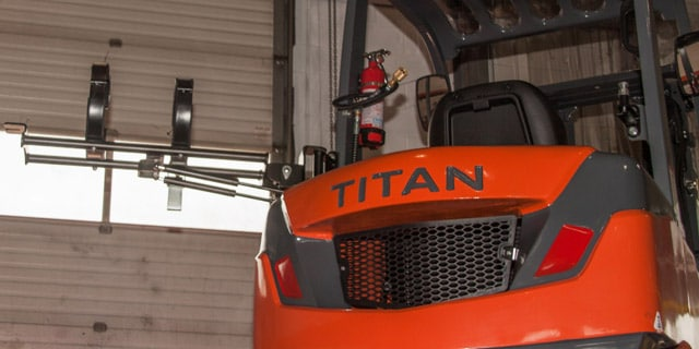 Titan Forklift LPG Bracket Up